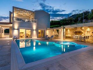 Villa Ariadne luxueuse, piscine privee, magnifique sur mer