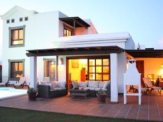 Traum Villa mit Meerblick und beheiztem Pool 28° - Boxspringbetten - Räder frei