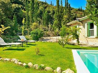 Villa Ermis, villa with private pool ideal destination for relaxation & calmness