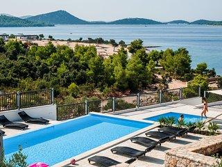 2 bedroom Villa in Drage, Zadarska Županija, Croatia : ref 5704808
