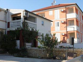 One bedroom apartment Povljana (Pag) (A-6315-a)