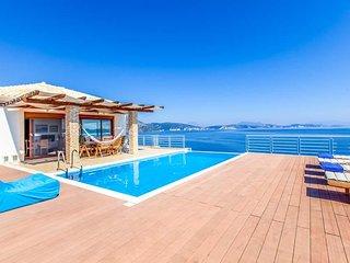 5 bedroom Villa in Syvota, Ionian Islands, Greece - 5690916