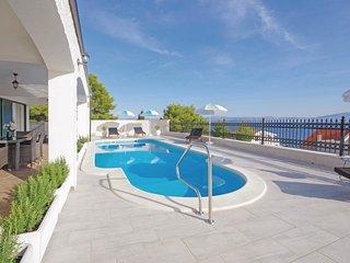 4 bedroom Villa in Stomorska, Splitsko-Dalmatinska Županija, Croatia : ref 57080