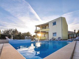 4 bedroom Villa in Zlosane, Zadarska Zupanija, Croatia : ref 5708007