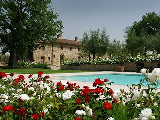 17 bedroom Villa in Ciggiano, Tuscany, Italy : ref 5704633