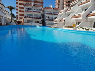 Apartment Las Flores close to beach and sea, heated pool, balcony, Wifi, SAT-TV