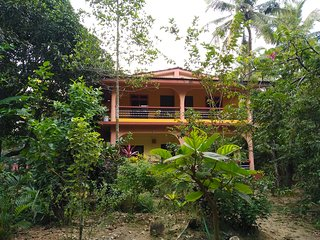 Rooms with a view in Per-Seraulim, Colva