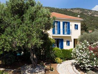 Embedded in a magnificent Mediterranean garden....