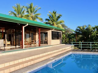 Casa Kilimanjaro: 4 Bed Hilltop Ocean-View Home on 6-Acre Estate- Total Privacy!