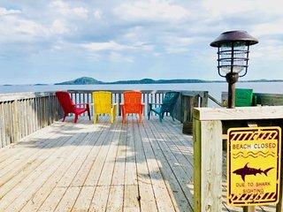 All-Seasons Lake Superior-Thunder Bay Shoreline Cottage Incredible Views/Hot Tub