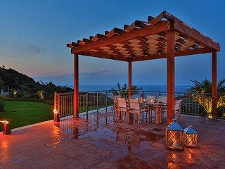 Villa Sagittaire, moderne, confortable, sur l'ile de Skiathos.