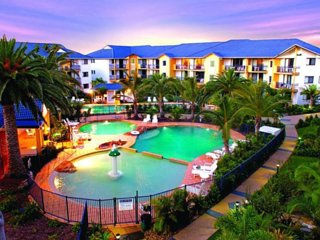 Gold Coast Superior Family Holiday Apartment