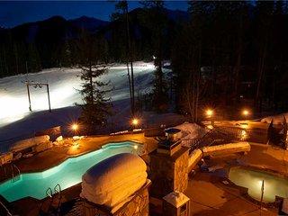Snow Creek Lodge 209