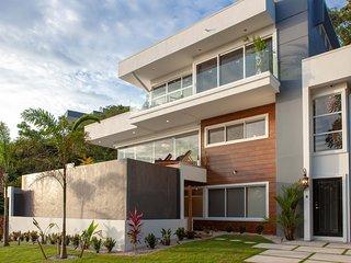 Casa La Jolla - New Construction