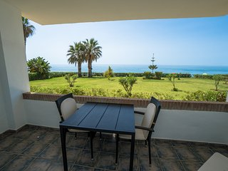 Jardines del Mar One bedroom apartment in front of the beach with sea views. A/A