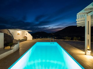 Paros Nereids Villa GALATEA with private swimming pool and sea view.