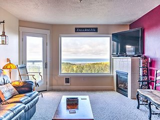 Bk 2 Get 2 FREE! Incredible 180 view, steps to beach & Discovery Trail