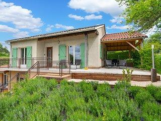 Excellent Sarlat - gîte Montfort: jardin privé, 10 min au pied du centre