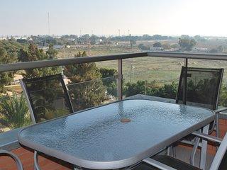 Lujoso piso - Piscina, pista padel y jardines