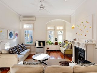 Ruby's at Darlinghurst - in an amazing walk-to-everywhere location!
