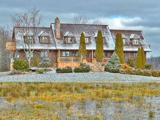 Grand Niagara Estate Lodge