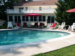 5 Br house with inground salt water pool on a two acres, Cape May, NJ, USA