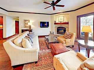 Luxury Ski-In Ski-Out Condo w/ Pool & Balcony, Walk to Beaver Creek Village!