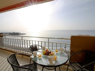 SUITUR APARTMENT YATE BEACHFRONT FUENGIROLA
