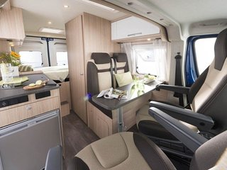 Roadcar R540 motorhome with many extras