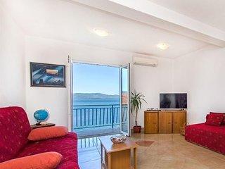 Seaside sunny self catering Apartment great Seaview Komarna Riviera Dubrovnik