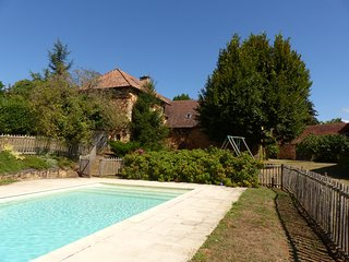 Le Bontemps Holiday Cottage with Private Swimming Pool close to Sarlat
