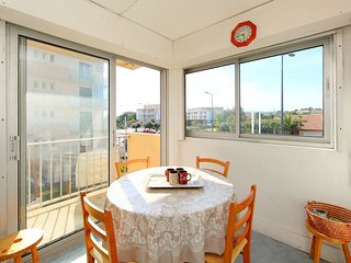 2 bedroom Apartment in Narbonne-Plage, Occitania, France : ref 5518411