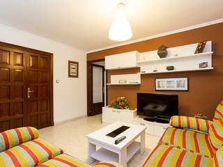 [3] Spacious and comfortable apartment in the heart of the city.