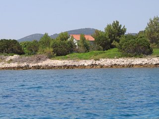 Two bedroom house Krknata (Dugi otok) (K-8150)
