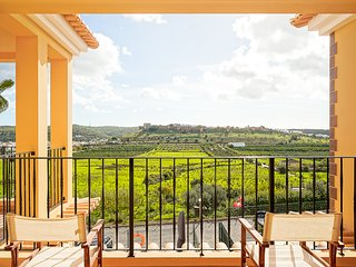 Townhouse | Private swimming pool | Overlooking Silves castle