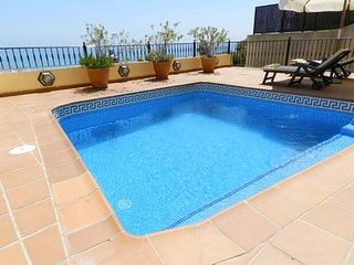 Townhouse Balcon Punta lara 5-M Tree bedroom, private pool, A/A, panoramic views
