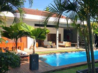 Luxury villa 3 bdr quiet area Seminyak