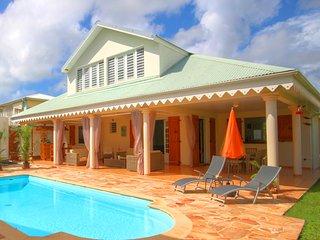 Villa with swimming pool (MQSA31)