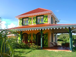 Villa with swimming pool (MQSA26)