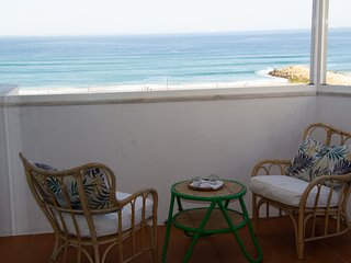 Amazing Panoramic Beach View Apartment (T1) in Costa da Caparica