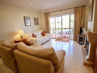 Two bedroom ground floor apartment at Clube Golfemar Resort in Carvoeiro.