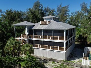 Pineapple House on Little Gasparilla Island