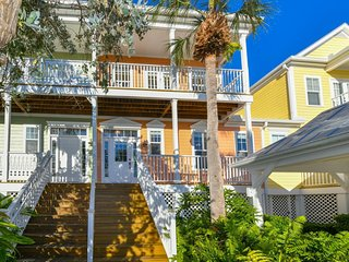 Anglers Paradise A Key West Style Luxury Townhome