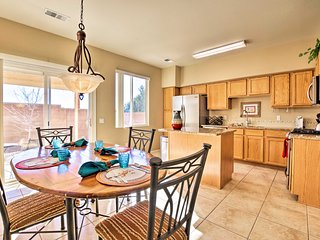 NEW! Albuquerque Condo w/Yard - 9 Mi. to Old Town!