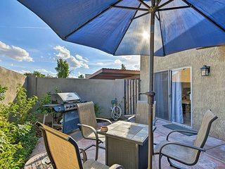 NEW! Tempe Townhome w/Shared Pool - 0.8 Mi to ASU!