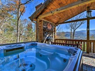 Modern Mountain Cabin in Blue Ridge w/Hot Tub