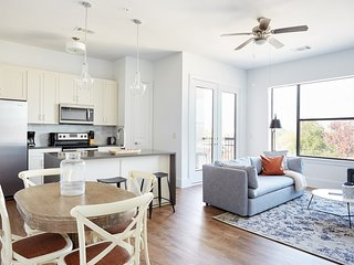 Contemporary 2BR in Museum District by Sonder