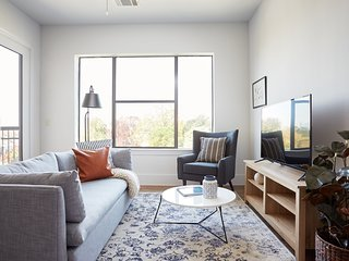Airy 2BR in Museum District by Sonder