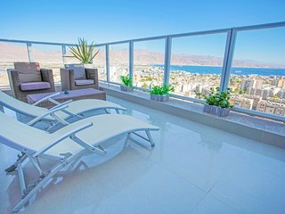 ★ Amazing View ★ Relaxing Balcony ★ Quiet