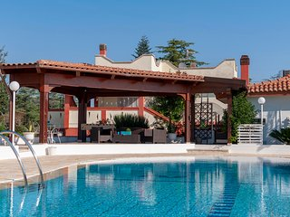 Villa Nicodemo: Villa with Private Pool in Puglia for 16 people